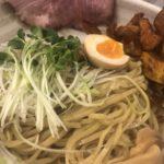 【難波】麺や 信希の魚介とりとんつけ麺の南瓜チップという発想が好き